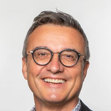 Ulrich Hennes